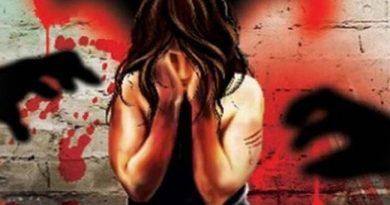 विदेशी अभिनेत्रीवर बलात्कार व गर्भपात प्रकरणी माजी मंत्र्याला अटक